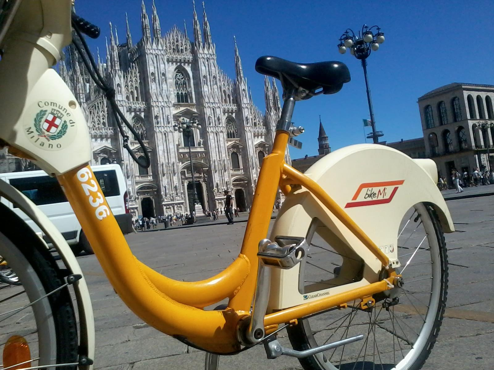 Expo 2015 a milano nuove biciclette per il bike sharing for Mobile milano bike sharing