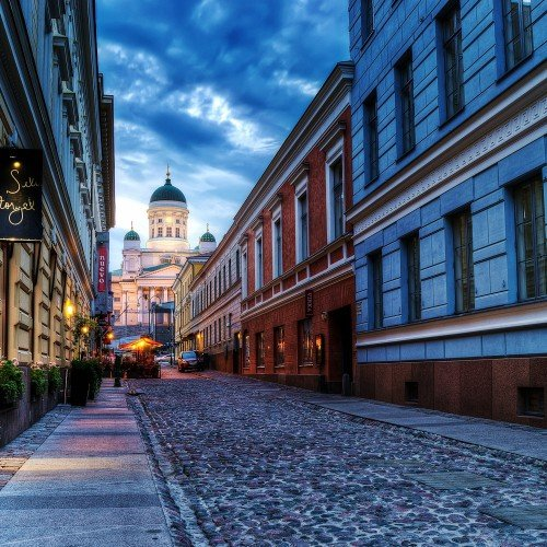 427802_city_helsinki_finland_cathedral_sunset_street_road_3000x1820_(www.GdeFon.ru)