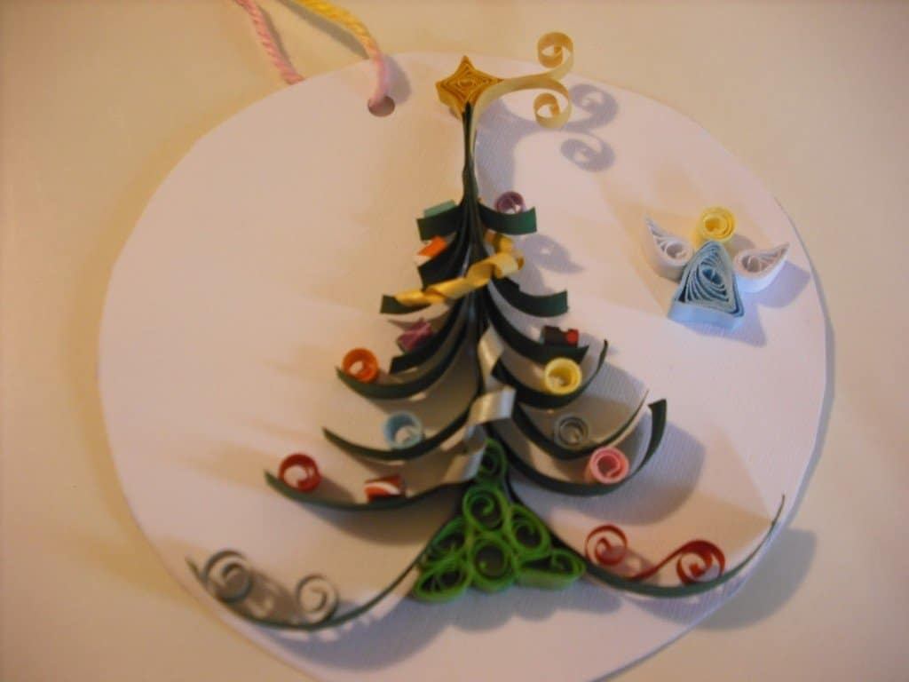 Decorazioni natalizie con il quilling video impronta unika - Decorazioni natalizie in cartoncino ...
