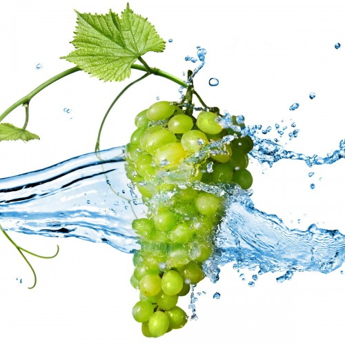 Grapes-Fruit-on-the-Water-Wallpaper-